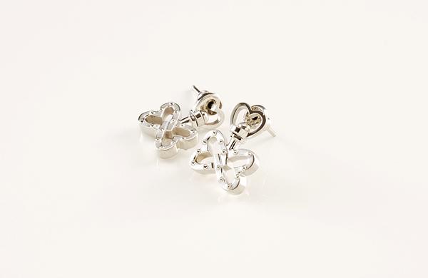 Pedale Pierced Earrings~バタフライ~